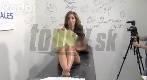 Lesbičky s striekať dilda