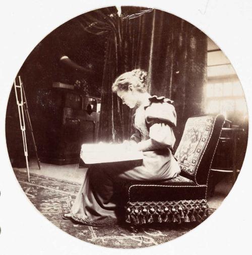 Čítajúca žena, asi 1890.