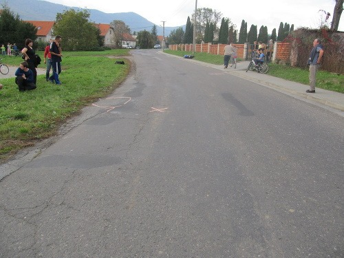 Motocyklista (25) zrazil na