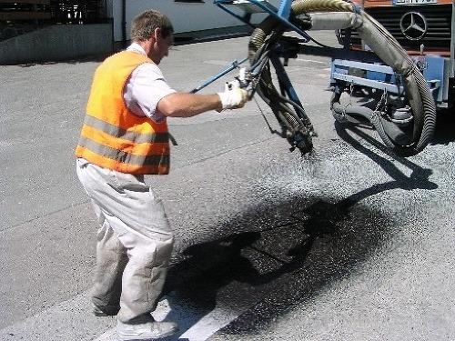 Oprava výtlkov dýzovou metódou