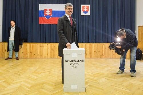 Milan Ftáčnik volil tiež
