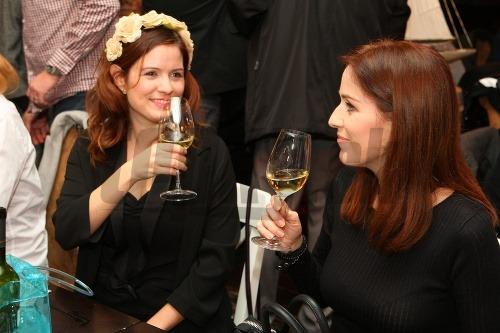 Zuzana Norisová so sestrou
