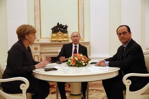 Putin na rokovaní s