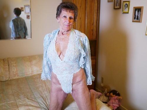 britský zrelé porno fotky veľký zadok mačička zadok