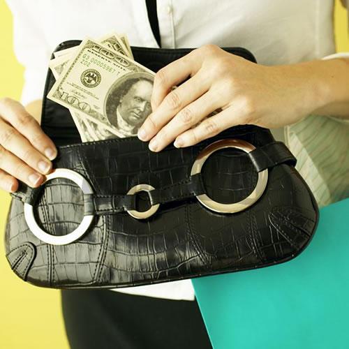 Z kočíkov ukradli kabelku aj peňaženku – galéria  66e6c90da76
