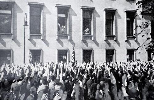 Tajný život Hitlera: Nacistická