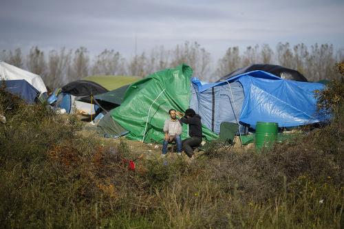 Migranti pri francúzskom prístave