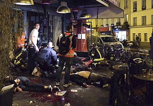Krvavý teror v Paríži