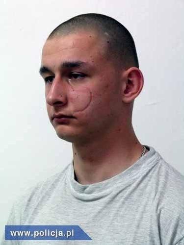 FOTO Nebezpečného psychopata (29),