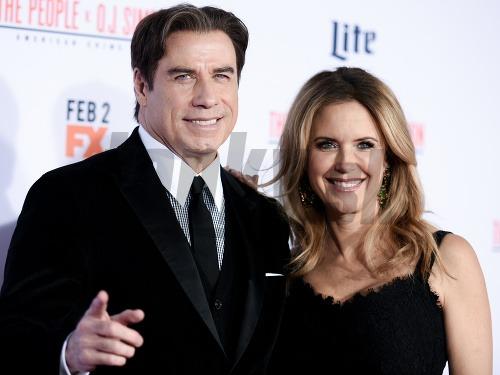 John Travolta stratil rokmi
