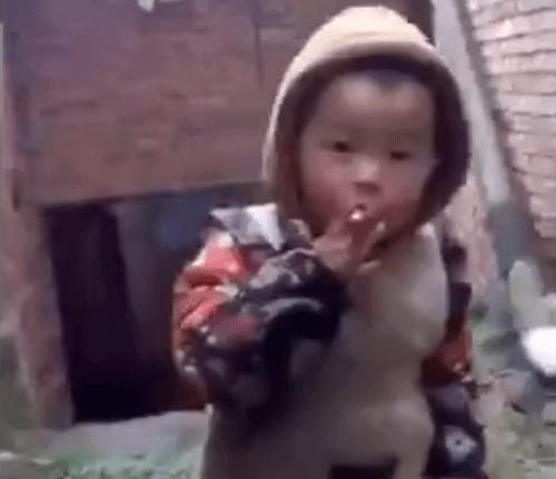 ako dať chlapec fajčeniemačička pre mládež