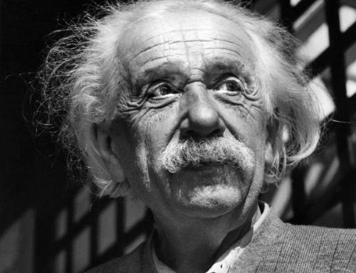 Einsteinove súkromné denníky odhalili