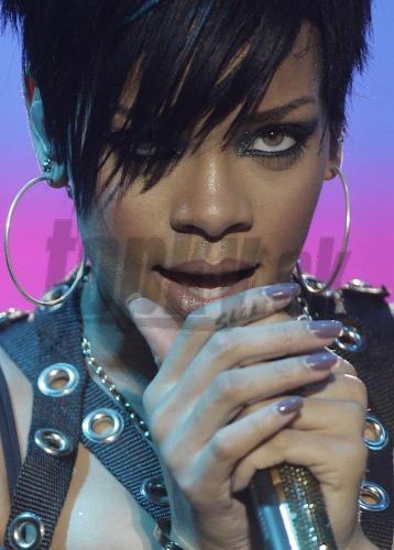 Rihanna čierna mačička porno sex Creampie