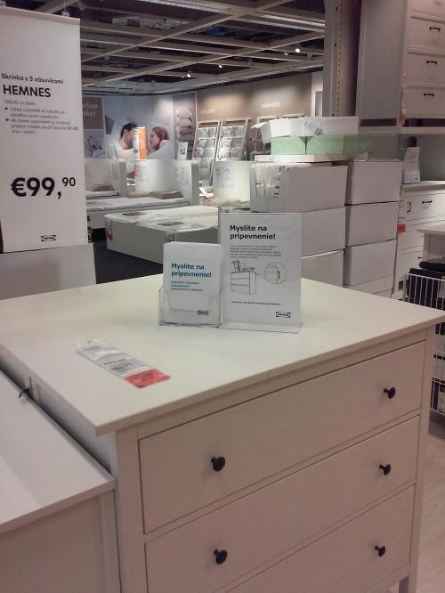 IKEA reaguje na tragickú