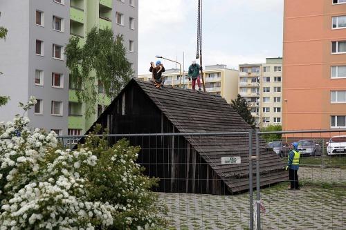 Unikátne drevenice odstránili