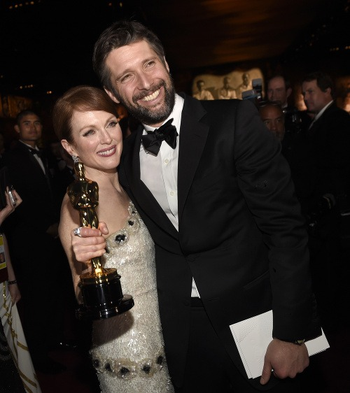 Julianne Moore s manželom