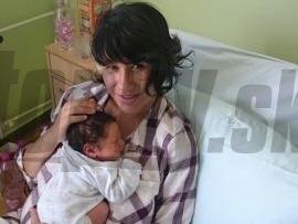 Lucia Nicholsonová so synčekom