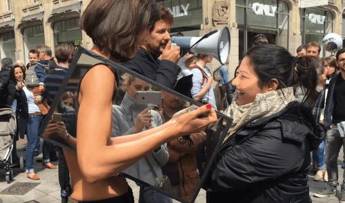 Sexi aktivistka so slovenskými