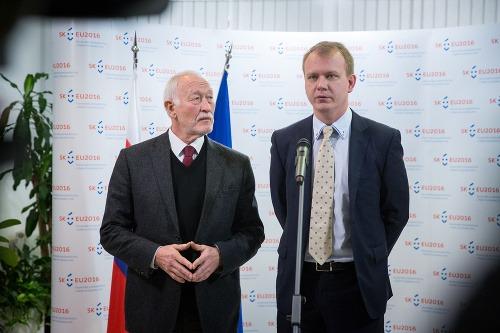 Predseda zahraničného výboru František
