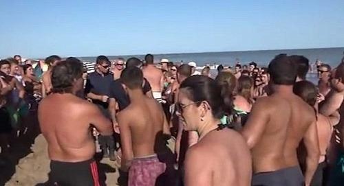 VIDEO Búrlivá hádka troch