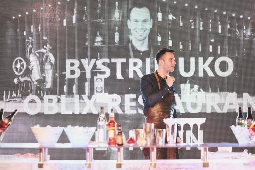Slovák Bystrík Uko, Oblix