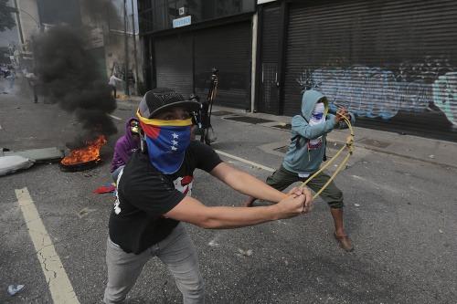 Masové protivládne demonštrácie vo