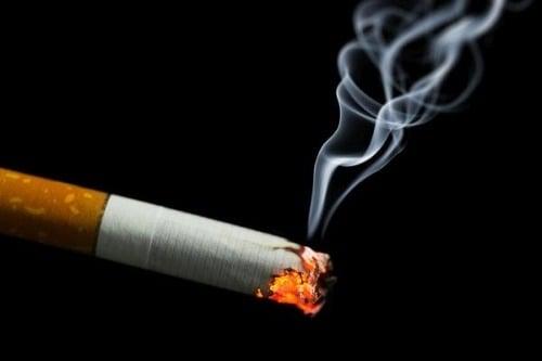 Ženy majú dávať fajčenie