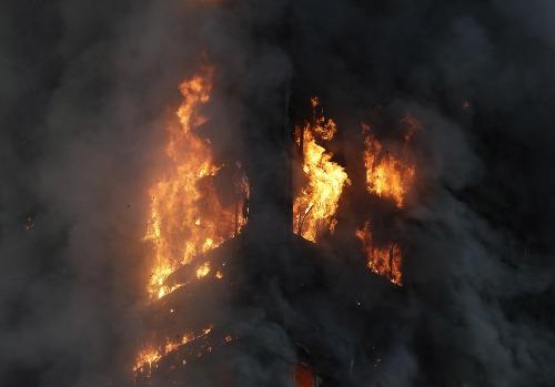 Požiar výškovej budovy v