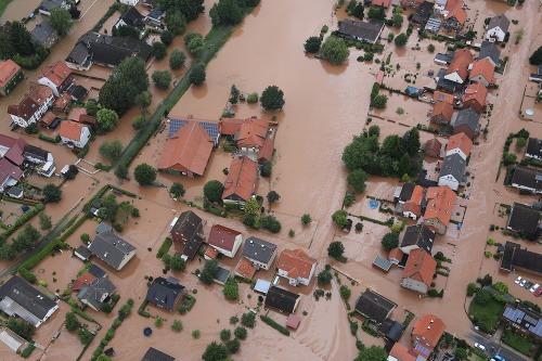 Záplavy vo svete sa