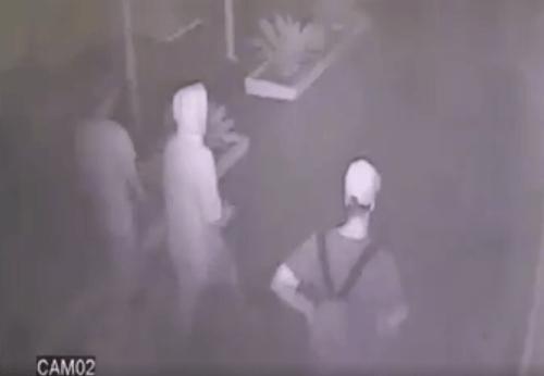 Násilníkov zachytili bezpečnostné kamery