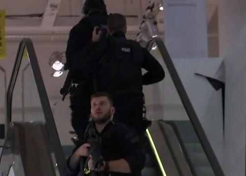 FOTO Panika v Londýne: