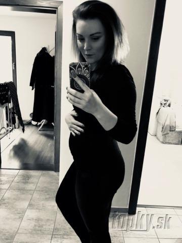 Prvé FOTO tehotnej speváčky