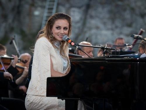 Mária Čírová's essential singer