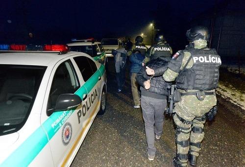 Zábery z policajného zásahu