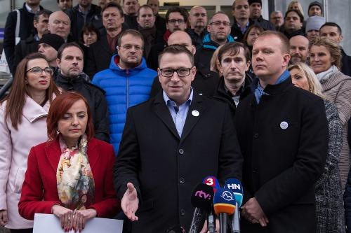 Registrácia novej politickej strany