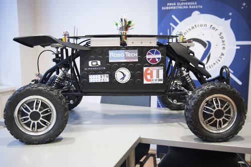 Vesmírny rover firmy RoboTech