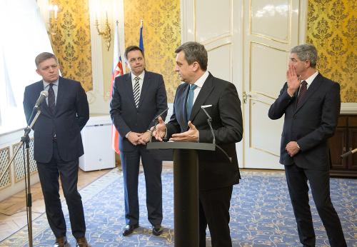 Fico sľuboval na internáty