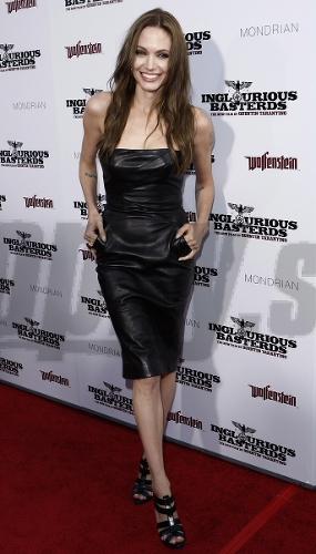 Angelina Jolie lesbické sex