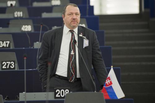 Branislav Škripek
