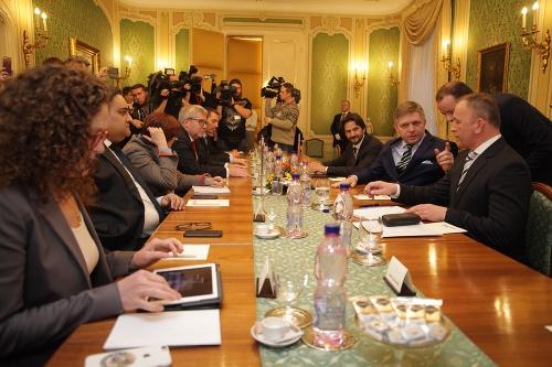 Robert Fico s Robertom