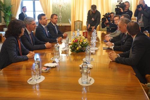 MIMORIADNA SPRÁVA Bugár oznámil