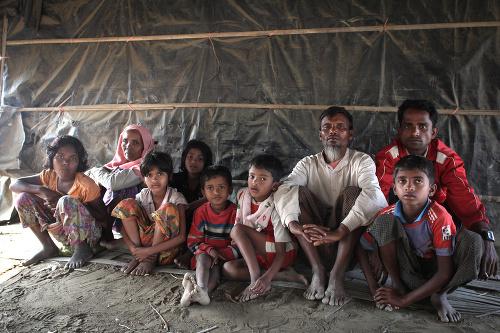 MASAKER Nekončiaci exodus Rohingov: