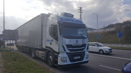 FOTO Srbský kamión nebol