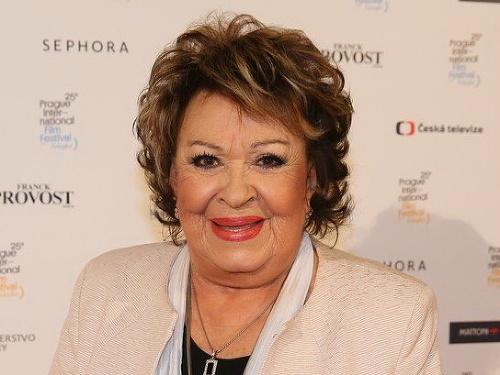 Jiřina Bohdalová (88) 3