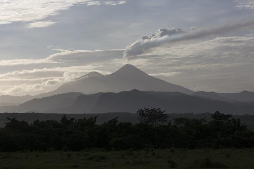 FOTO Ničivá sopka v