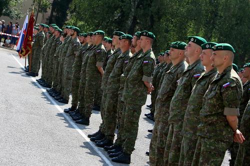 Vojaci pred odchodom do