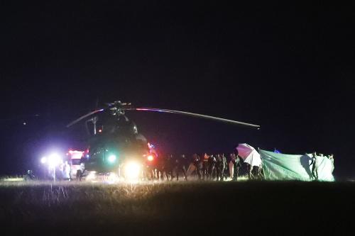 Thajskí záchranári pokračujú vo