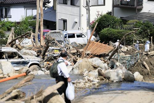 Japonsko sa pomaly spamätáva