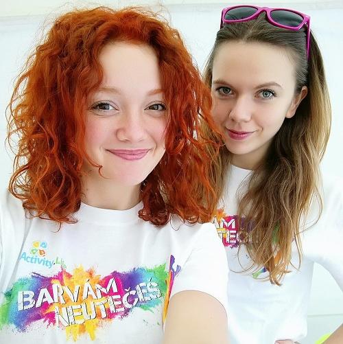Dve dievčatá riadili pražské