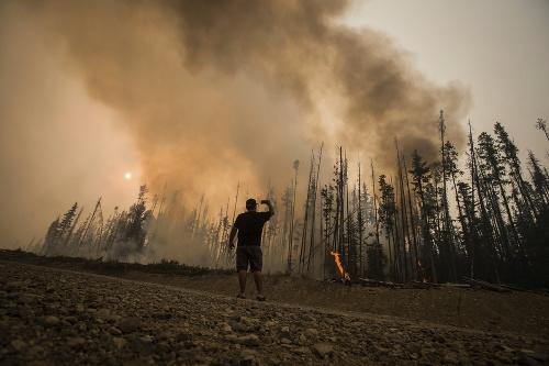 Masívne požiare v Britskej